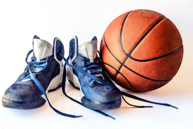 baloncesto-zapatillas-balon
