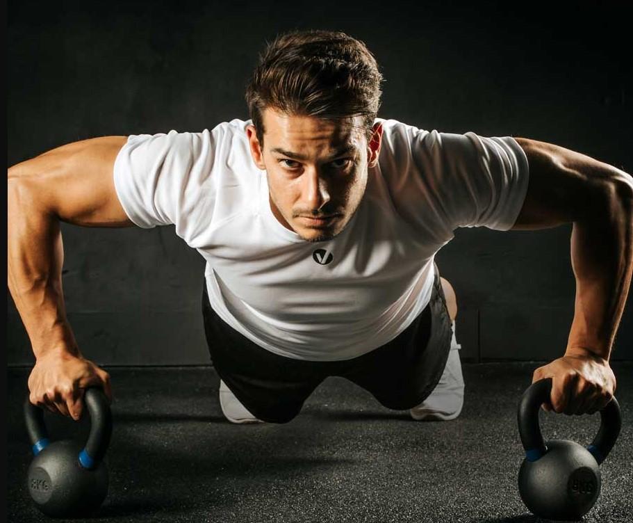 ejercicios con kettlebell